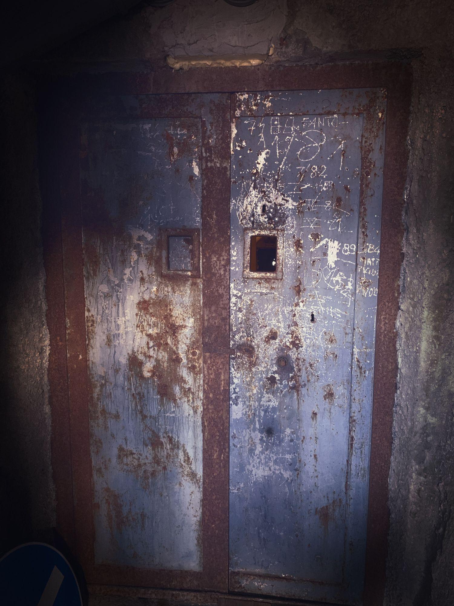 Bunker Nummer 8 - Übernachtung möglich